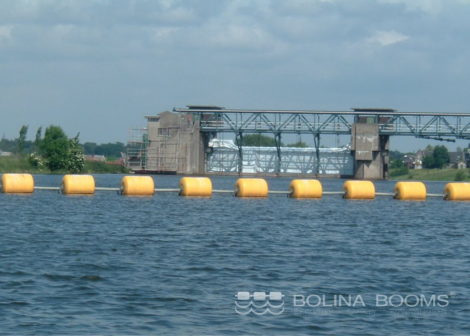 Barrages de sécurité à chaîne