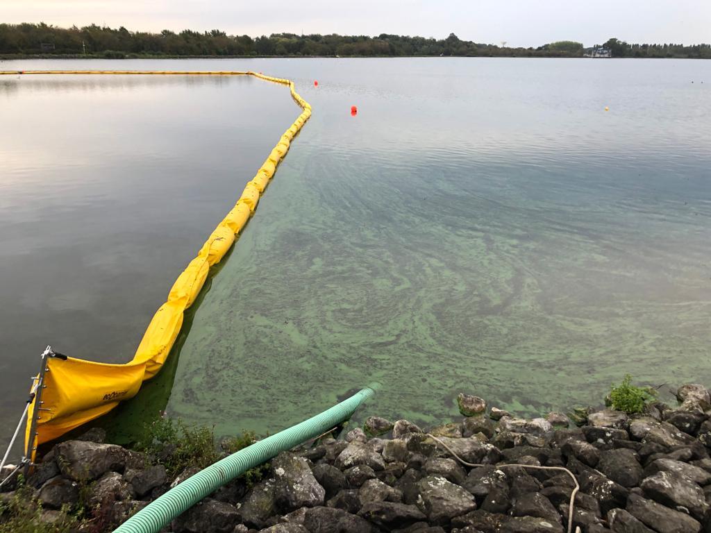 Oliebarrière ESFB van Ecocoast tegen blauwalgen voor Water-Link